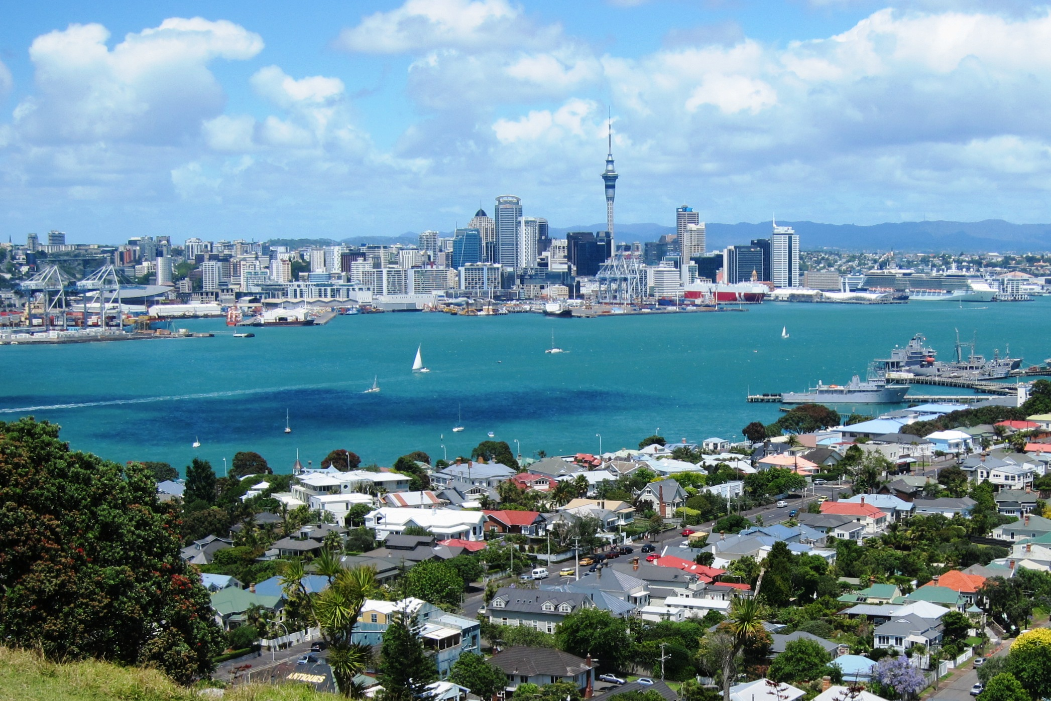 New Zeland Gave Home